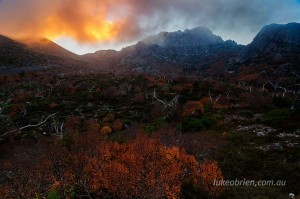 Early morning light on the mist above Cradle Mountain