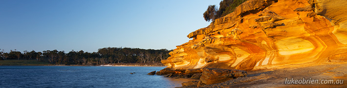 Maria Island: Painted Cliffs