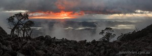 Tasmanian landscape photography - Sunrise and morning mist, Mt Wellington
