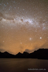 Distinct orange airglow over Cradle Mountain