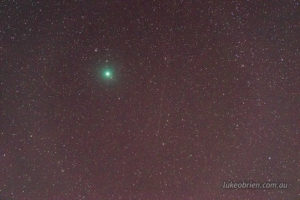 Comet 46P Wirtanen. 30 second exposure (using Astro Tracer). 200mm, f5, ISO 5000