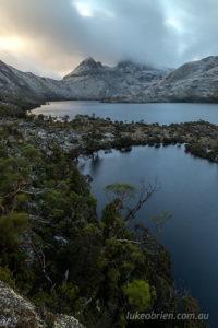 A snowy Cradle Mountain at dawn