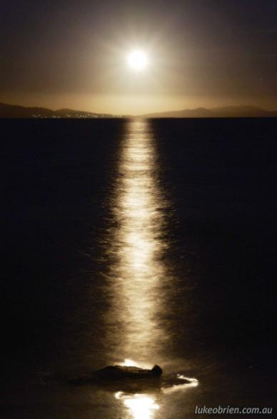 Full Moon Rising, Lauderdale