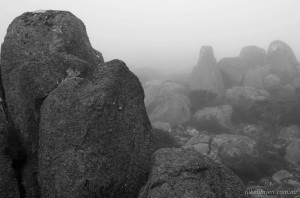Tasmanian photography - Mist & boulders, Mt Wellington